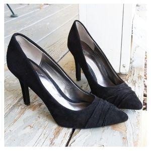 CARLOS BY CARLOS SANTANA black heels
